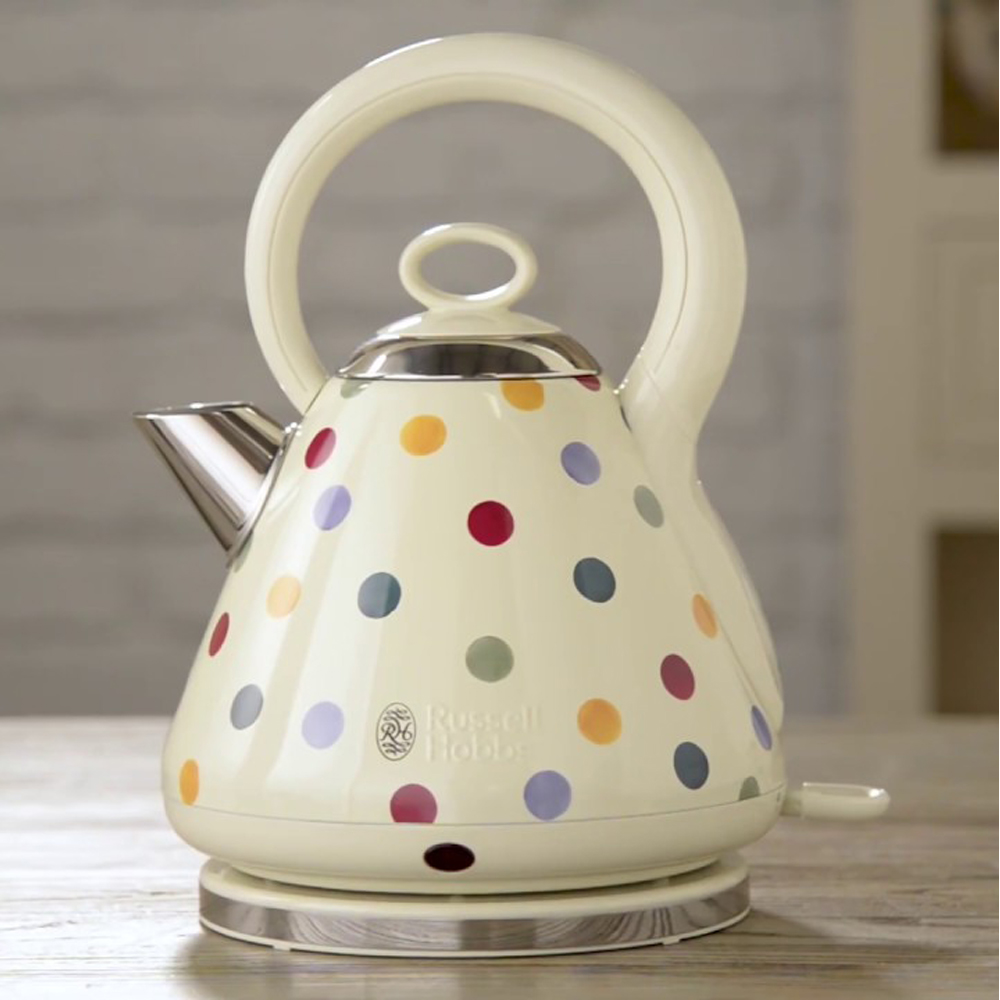 dotted kettle